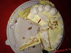 Купила торт кислый срок нормальный   как вернуть деньги